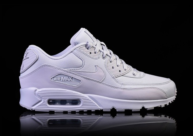 the latest bc4f7 ffb45 NIKE AIR MAX 90 ESSENTIAL WOLF GREY