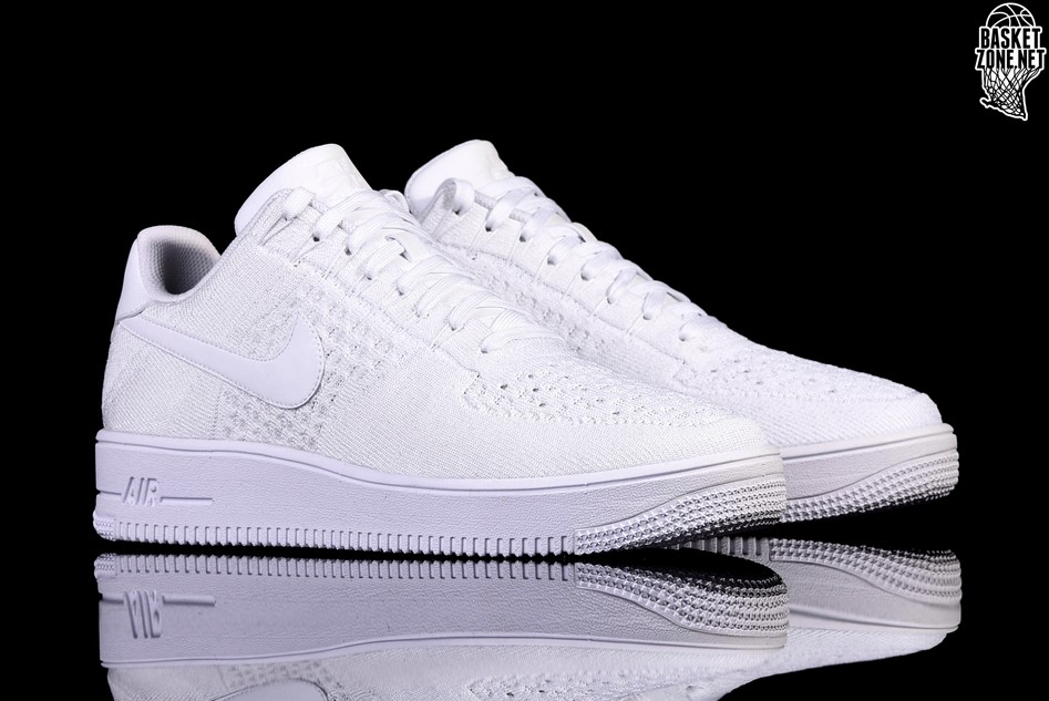 NIKE AIR FORCE 1 ULTRA FLYKNIT LOW WHITE per €122 a54e3a26a
