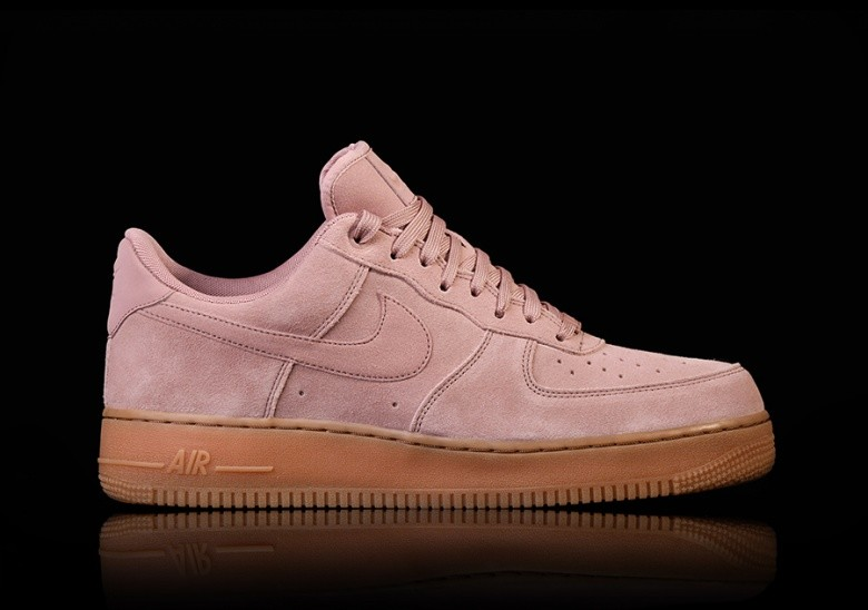NIKE AIR FORCE 1 '07 LV8 SUEDE PARTICLE