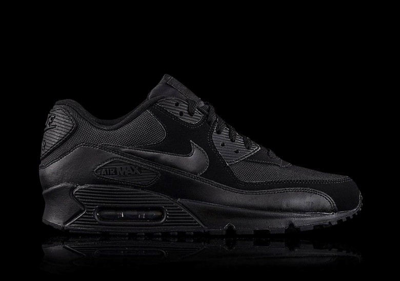 NIKE AIR MAX 90 ESSENTIAL ALL BLACK