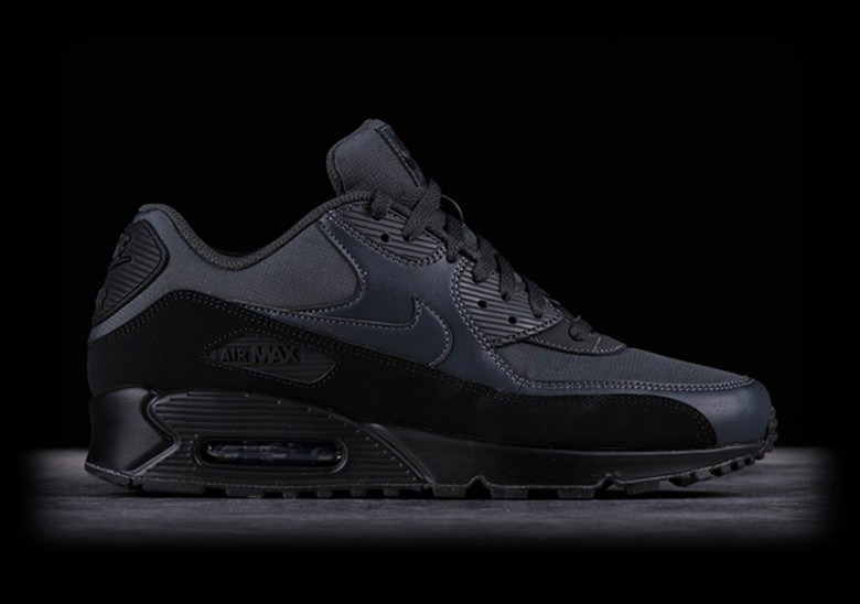 brand new 899e6 ceb5d NIKE AIR MAX 90 ESSENTIAL BLACK für 1015,52DKK | Basketzone.net