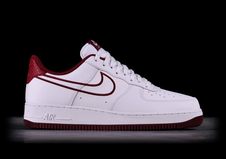 855ca620612 NIKE AIR FORCE 1  07 LEATHER WHITE pour €97
