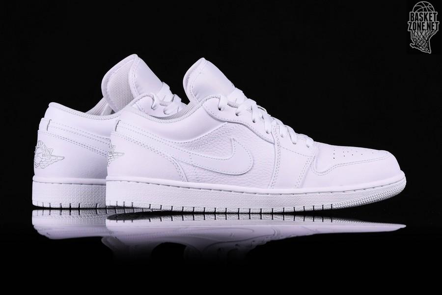 best sneakers d03a9 e7f4c NIKE AIR JORDAN 1 RETRO LOW TRIPLE WHITE