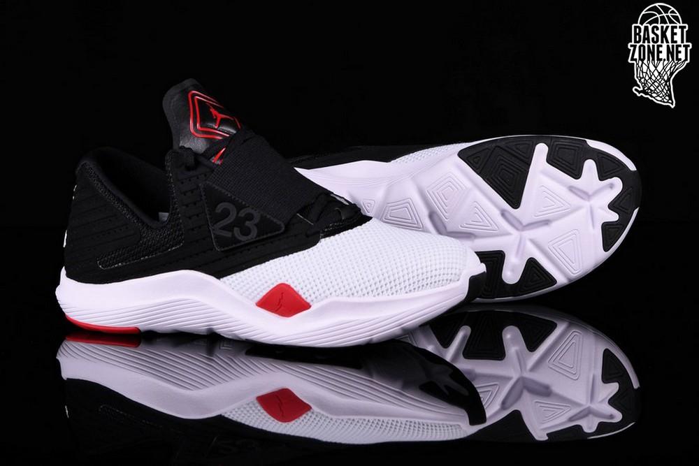 brand new c0ae7 917e5 NIKE AIR JORDAN RELENTLESS BLACK RED WHITE pour €75,00 | Basketzone.net