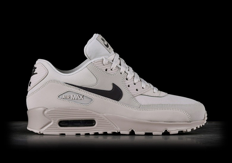 4d60384af NIKE AIR MAX 90 ESSENTIAL THUNDER GREY pour €125,00 | Basketzone.net