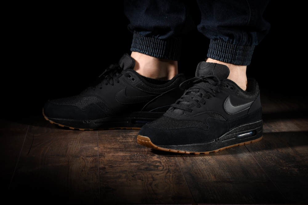 NIKE AIR MAX 1 for £120.00