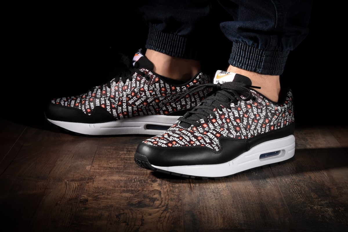 Nike Air Max 1 Just Do It 875844 008 875844 009