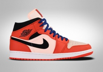 sale retailer aaf82 d3775 BASKETBALL SHOES. NIKE AIR JORDAN 1 RETRO MID SE TEAM ORANGE BLACK