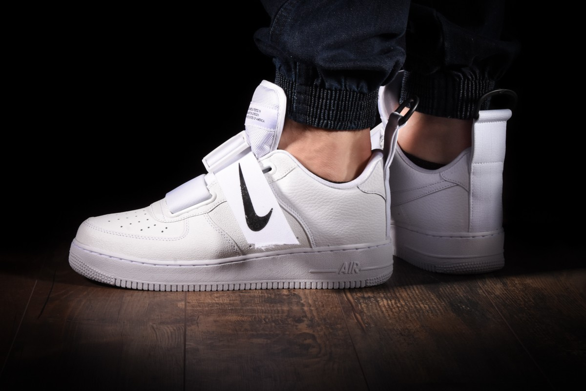 Mens Nike Air Force 1 Low Utility White
