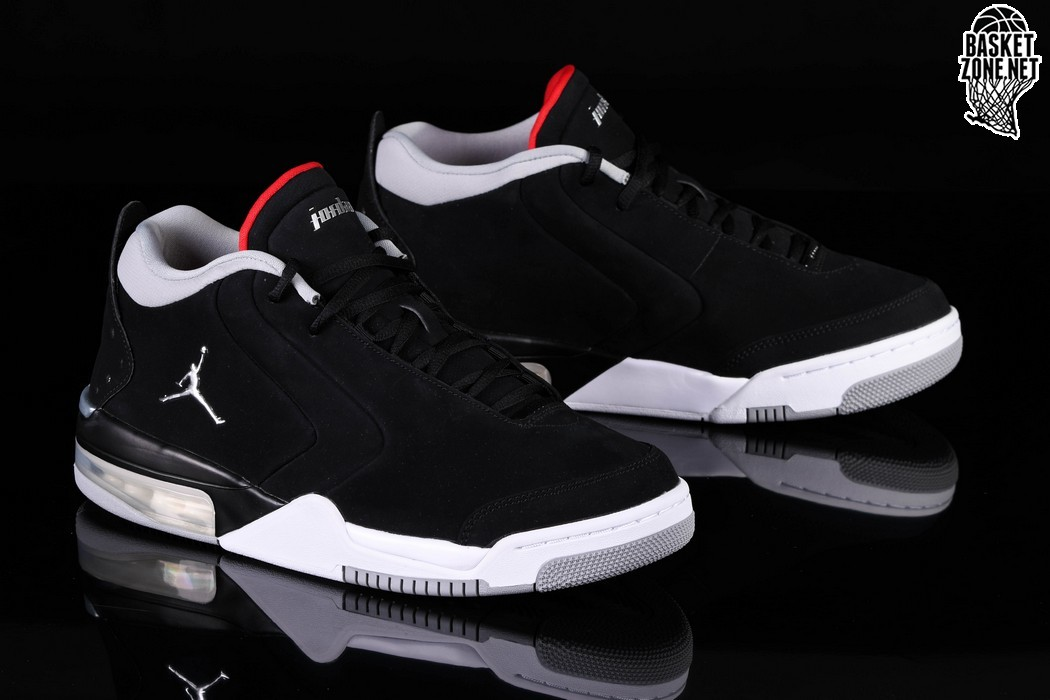 NIKE AIR JORDAN BIG FUND BRED per €109,00 |