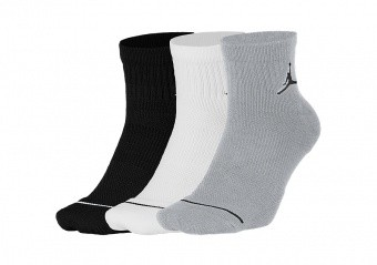 NIKE AIR JORDAN JUMPMAN QTR SOCKS 3PACK WOLF GREY